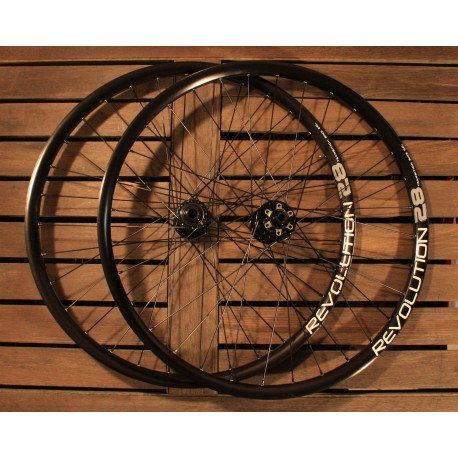 "Transition Bikes TBC Revolution Trail 15mm // 12*142mm Laufradsatz 2014 26"""